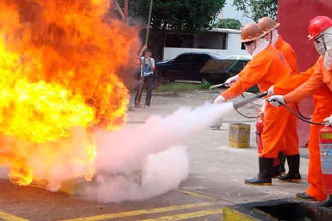 Treinamento de Combate ao Incêndio MTE - NR 23